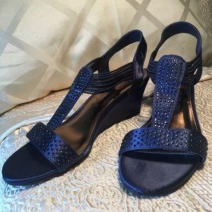 New York Transit Satin Wedge Sparkly Sandals, 6